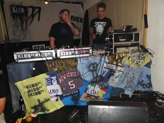 DJ-Pult-Decke Klub 77 2013